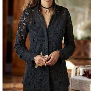    SOFT SURROUNDINGS    Medium Black Lace Blouse